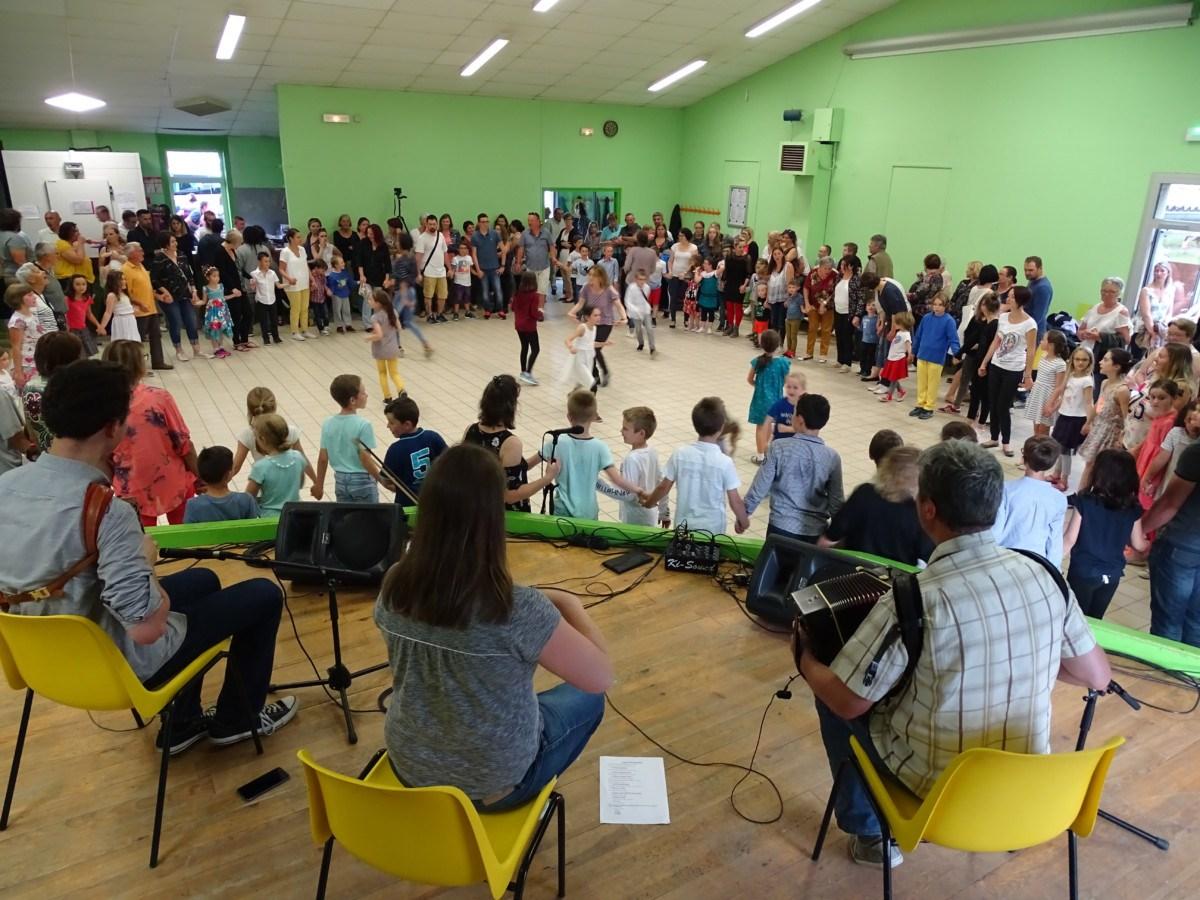 Bal pour enfants et bal trad' à Rosières samedi 10 novembre 2018